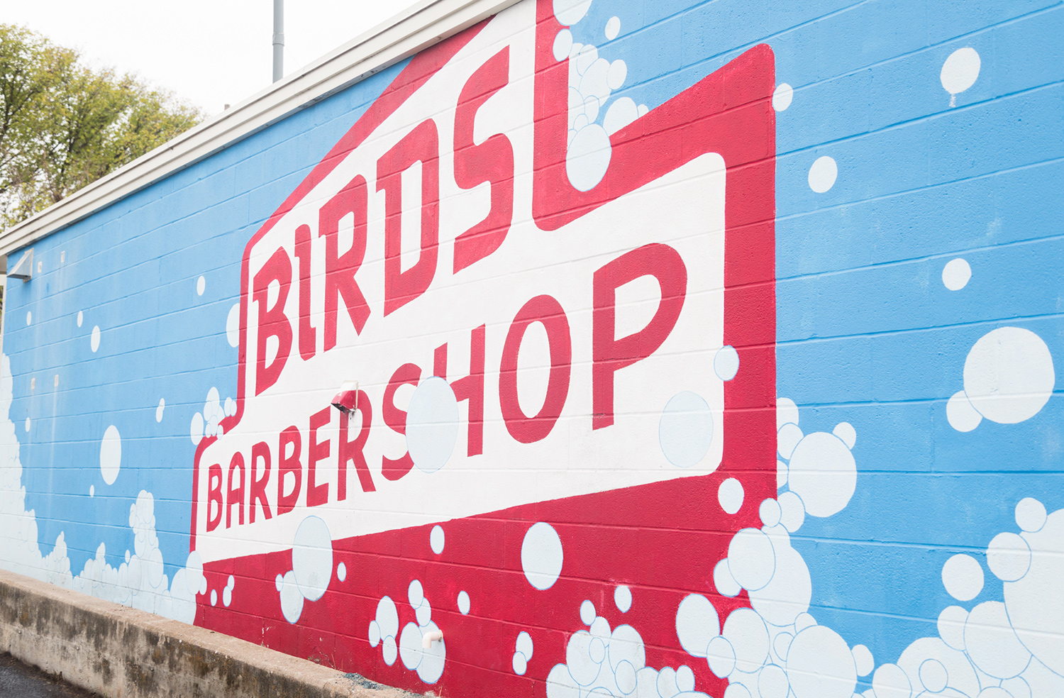 Exterior image of Birds at 41st.